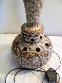 Lampe électrique abat-jour en grès vintage