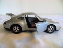 Porsche 911 (1993) échelle 1/24 eme Majorette