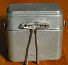 Ancienne cantine lunchbox