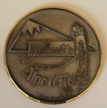 """Médaille fer bord doré """"la Marmotte"""" cyclisme"""