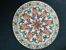 Assiette céramique espagnole motifs floraux