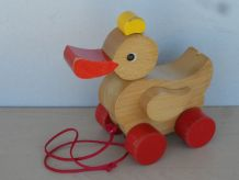 Canard en bois à roulette ancien