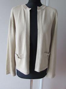 Jolie veste beige Chanel 100 % coton, Made in Scotland;
