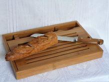 Planche à pain et couteau à découper/ Ramasse-miettes bois.