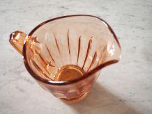 Pichet à eau en verre ambré Art Déco