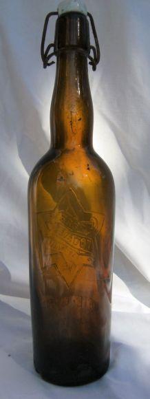 bouteille bouchon mécanique porcelaine Bière TOURTEL TANTONV