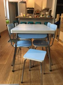 table et chaise en formica