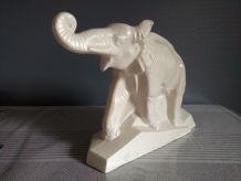 statue éléphant en céramique craquelée signée Lejan