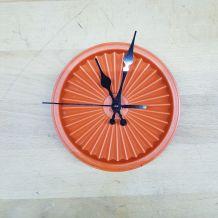 Tupperware revisité en horloge