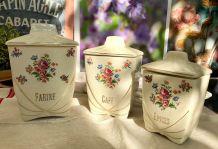 Pots à Café, Farine, Epices