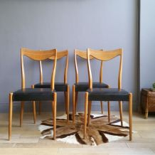 Chaises scandinaves Niels Otto Moller