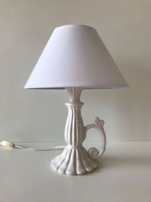 Lampe blanche en céramique vintage