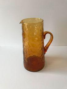 Grand pichet, pot à eau en verre ambré