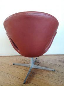 Swan Chair, Arne Jacobsen produite par Fritz Hansen, 1971