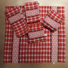 6 serviettes de table jamais servi