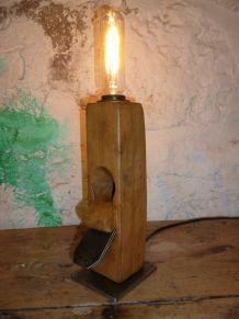 LAMPE VINTAGE - LE RABOT - PEUGEOT -