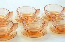 6 tasses à café avec soucoupes Art déco anciennes en verre