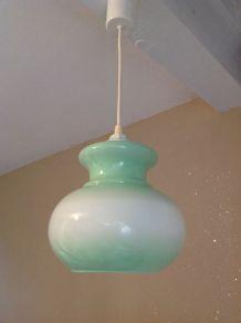 Suspension en opaline blanche et vert pastel / vintage année
