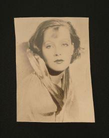 Photo portrait de Greta Garbo par le Studio G.L Manuel Frère