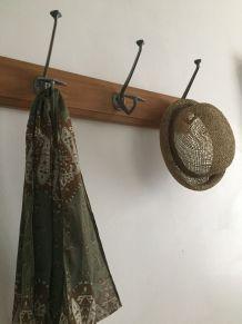 Portemanteau , patère murale 4 doubles crochets