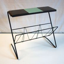 Porte-revues / Table d'appoint circa 60