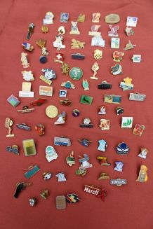 Lot pin's broches vintage/retro