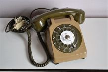 Téléphone vintage Socotel S63 Kaki à cadran, 1980s, France