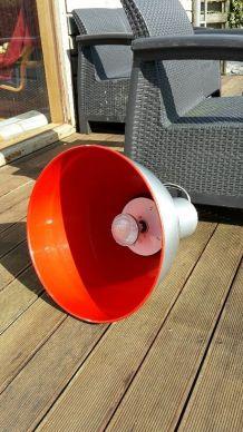 lampe d'atelier  idéale pour loft