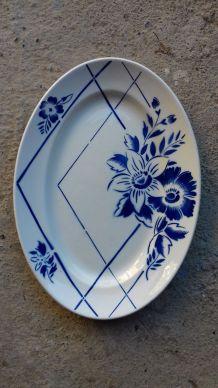 "Grand plat Digoin Sarreguemines ""Fanchetta"""