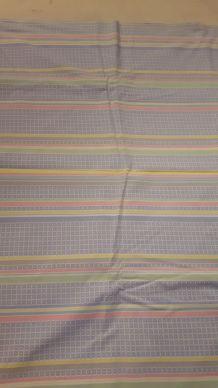 drap bleu rayure rose jaune