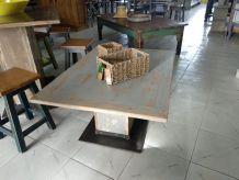 Table basse en bois de style vintage. ERV2