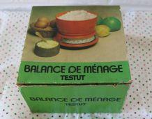 Balance  en plastique orange années 70