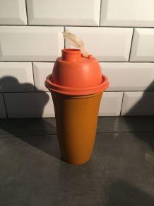 Shaker Tupperware orange année 70