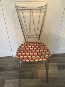 Chaise chromée année 70 tapissée