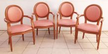 Suite de 4 fauteuils médaillon