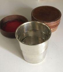 Rare ancien set verre metal pliable pour voyage