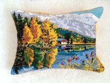 Coussin canevas paysage lac de montagne