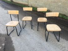 Lot de 4 chaises Scandinaves Industrielles