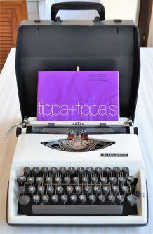 Machine à écrire portative Adler modèle Tippa - 1960s