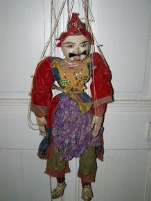 Ancienne marionnette de Birmanie à fils , hauteur 75cm