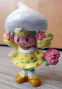 Figurine Charlotte aux fraises -Meringue Citron-