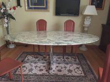 Table en marbre de salle a manger année 1970