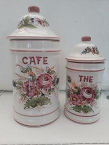 2 anciens pots a épices en céramique