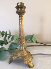 Ancien pied de lampe laiton