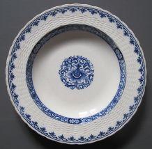 5 assiettes  a soupe Minton, vers 1880