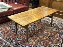 Table basse en acajou des années 70