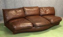 Grand canapé des années 70 en cuir marron