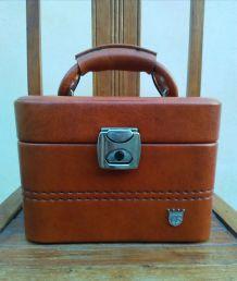Vanity en vinyle marron