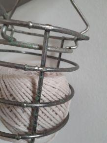 Grille ancienne de baladeuse
