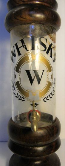 Distributeur alcool whisky verre support bois vintage